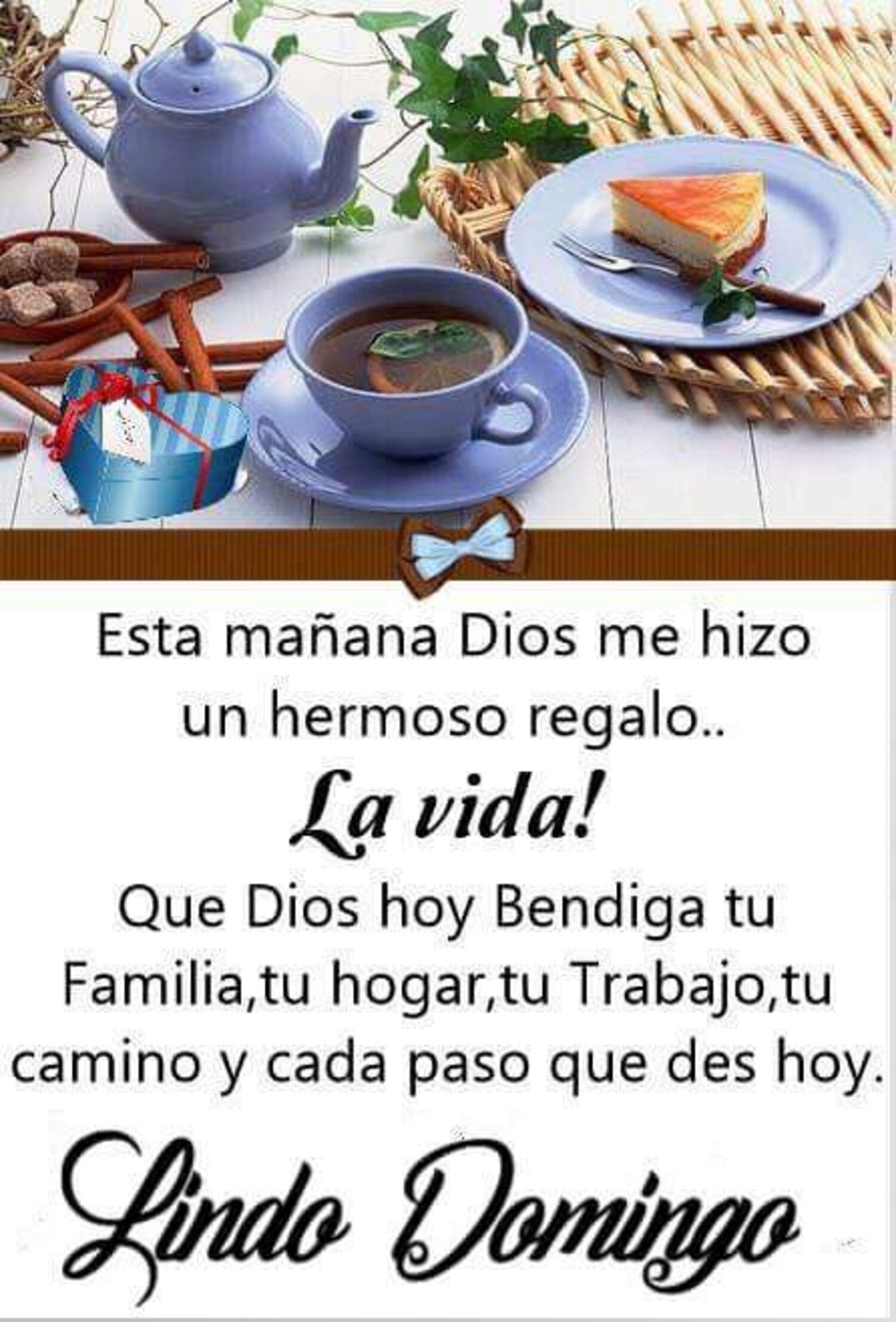 Esta mañana Dios me hizo un hermoso regalo.. la vida! Que Dios hoy bendiga tu familia, tu hogar, tu trabajo, tu camino y cada paso que des hoy. Lindo Domingo